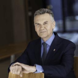Prof Artur Mamcarz